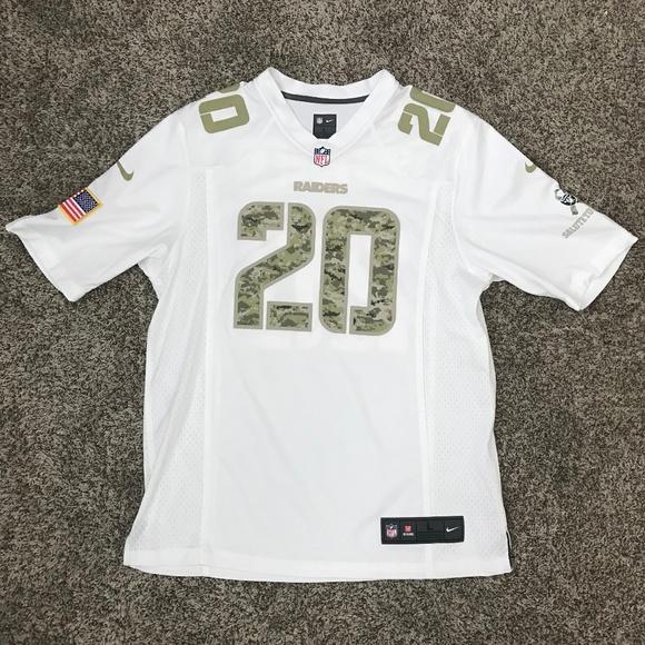 official photos e06c2 7ad8e Oakland Raiders #20 McFadden Veteran's Day Jersey